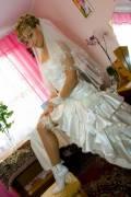Свадебное платье,  фата,  перчатки,  сумочка (Размер: 38-42)